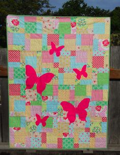 Butterfly Silhouette Quilt Tutorial « by Rachel of Four Wise Monkeys for the Sew,Mama,Sew! Blog