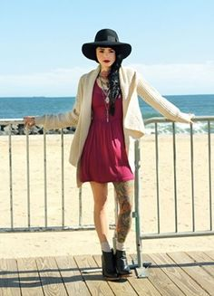 Hat + outfit