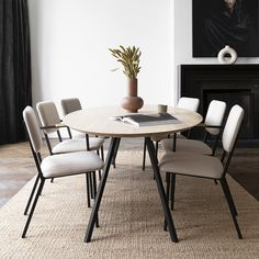 Oval tabletop with a Slim Co steel frame. Co chairs in soft colors and your spring dining room is set! Interior Design Companies, Home Interior Design, Interior Styling, Unique Furniture, Furniture Design, Home Living Room, Living Spaces, Unique House Design, Dining Room Design