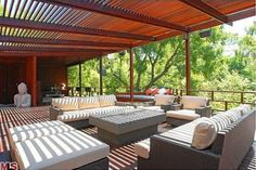 decks in trees | ... multiple hidden decks as well as outdoor dining and barbeque areas