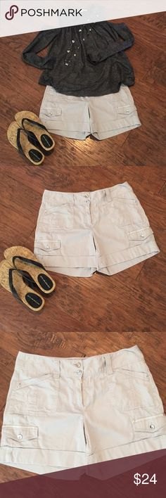 Women's White House Black Market shorts Very cute with silver buttons. In great used condition. The shirt is in my closet, too! White House Black Market Shorts