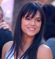 Michelle Rodriguez threatens to leave 'Fast & Furious' over flimsy female roles  #CharlizeTheron #MichelleRodriguez #JasonStatham #VinDiesel #DwayneJohnson #ElsaPataky #FastandFurious