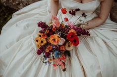 Un mariage élégant au Château de Villers Bocage en Normandie - la mariee aux pieds nus Marie, Wreaths, Bridal, Fall, Wedding, Photos, Elegant Wedding, Industrial Wedding, Perfect Bride