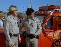 Chips and Squad 51 - Jon and Ponch are visited by Squad Both Emergency! and CHiPs aired on Saturday nights during the on NBC television. Larry Wilcox, 1970s Tv Shows, Old Shows, Tv Land, Me Tv, Show Photos, Classic Tv, Old Movies, Best Shows Ever