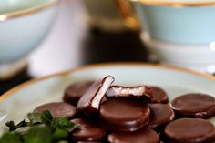 Recept na domáce pepermintky. - My site Christmas Sweets, Christmas Candy, Christmas Baking, Christmas Cookies, Russian Recipes, Chocolate Fondue, Kids Meals, Sweet Recipes, Food And Drink