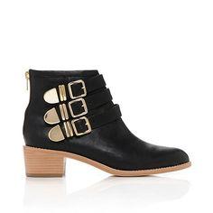 botas negras