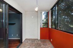 Roomy enclosed sundeck