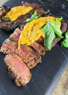 15. Balsamic and Basil Marinated Steak With Roasted Red Pepper Pesto  #whole30 #recipes http://greatist.com/eat/whole30-dinner-recipes