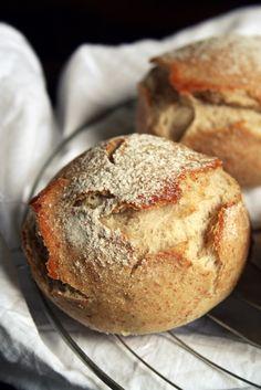 Petits pains en croûte de bière - BEER ROLLS 035B