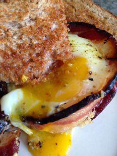 Turnips 2 Tangerines: Bacon 'n Egg Cups