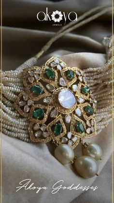 Bridal jewelry polki jewellery designs ideas for 2019 Indian Wedding Jewelry, Indian Jewelry, Bridal Jewelry, Emerald Jewelry, Pearl Jewelry, Beaded Jewelry, Bead Jewellery, Silver Jewelry, Silver Rings