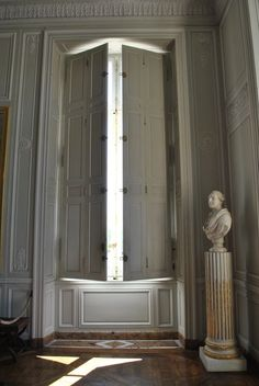 Love the shutters Versailles Series: Marie Antoinettes Chateau, the Petit Trianon Pt. Indoor Shutters, Interior Window Shutters, Interior Exterior, Interior Architecture, Bedroom Shutters, Wood Shutters, Marie Antoinette, French Interior, Home Living