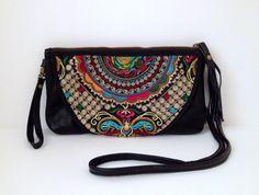 Boho Purse Top Grain Leather by EmbiBags Boho Life, Small Bags, Big Bags, Beautiful Bags, Italian Leather, Leather Purses, Purses And Bags, Gifts For Her, My Style