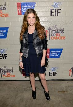Stars at the Hollywood Stands Up to Cancer Event - Anna Kendrick