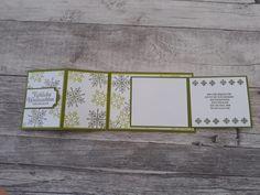 """Hallo, nun geht es weiter mit dem fünften Scheunen-Projekt, wie bereits erwähnt wurde, haben wir die Stempelsets und die Farben im Vorfeld festgelegt. Enstanden ist nun meine erste Karte. Die Grundkarte ist aus olivgrünem Farbkarton und als Z-Fold-Karte gefalzt. Die Schneeflocken aus dem Stempelset """"Winterwunder"""" habe ich in Olivgrün und Limette auf Flüsterweiß gestempelt und mittig…"""