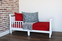 Beddy's is great for all ages and our Mini On Fire (Toddler size) is here and now in stock! How many of you mom's would love for your little one to be able to make (ZIP) their own bed? Beddys Bedding, Zipper Bedding, Big Boy Bedrooms, Ideas Hogar, Red Bedding, Make Your Bed, Kid Beds, Small Rooms, Warm And Cozy