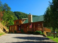 """Our cabin in Smoky Mountains (TN) - Next Step Heaven. Pet-friendly luxury vacation cabin on 5 acres. Conveniently located in Wears Valley, only 10 minutes from the Pigeon Forge/Gatlinburg """"Parkway""""  Only 300 yards from the back entrance to the Great Smoky Mountains National Park. http://www.vrbo.com/120794 (to book and more photos) or visit us on Facebook at http://www.facebook.com/nextstepheaven."""
