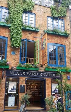 Covent Garden Neal's Yard Remedies