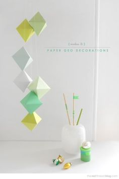 Diy: Geo paper mobile (with printable template).