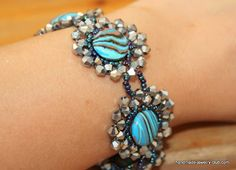 You also have the option to use flat beads like this bracelet