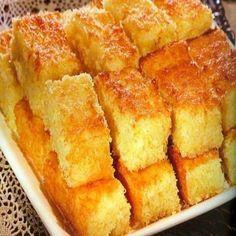 Muito cremoso e com um sabor ótimo. Experimente fazer obolo bom-bocado em sua casa Ingredientes 3 e ¼ xícaras (chá) de açúcar refinado (520g) 5 colheres (sopa) rasadas de manteiga (65g) 1 e ¼ xícara (chá) de água (250ml) ½ xícara (chá) de farinha de trigo (55g) 2 e ½ xícaras (chá) de coco fresco…