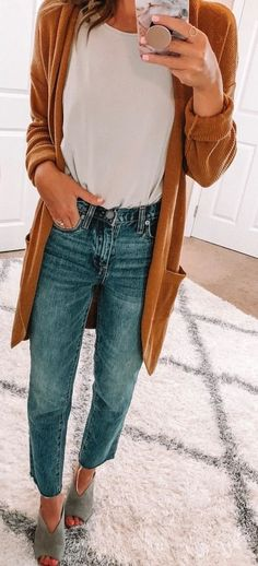 Brilliant Summer Outfits To Copy Now women's brown cardigan. - My Accessories World Outfits Niños, Trendy Outfits, Summer Outfits, Fashion Outfits, Fashion Boots, Winter Outfits, Early Fall Outfits, Fashion Sandals, Older Women Fashion