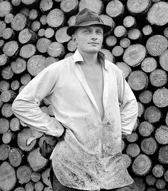 Portrait of lumberjack, Pieksämäki. Lumberjacks, Black And White Pictures, Visual Arts, Woody, Photoshop, Portraits, Costume, Dreams, Gallery