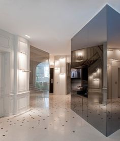La Maison Champs Elysees Paris Architecture Corridor