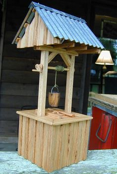 Miniature well-house, miniature woodworking, crafts and DIY