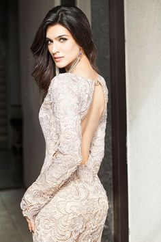 Find images and videos about bollywood and kriti sanon on We Heart It - the app to get lost in what you love. Bollywood Actress Hot Photos, Indian Bollywood Actress, Bollywood Girls, Beautiful Bollywood Actress, Most Beautiful Indian Actress, Bollywood Fashion, Indian Actresses, Bollywood Bikini, Bollywood Stars