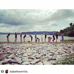 Meest creatieve groepsfoto ooit genomen op een expeditie!  #Repost @isabellexemilia   C A M B O D J A   Ik mis jullie  #Worldmapping #cambodja #groepsreis #ervaringvanjeleven by worldmapping