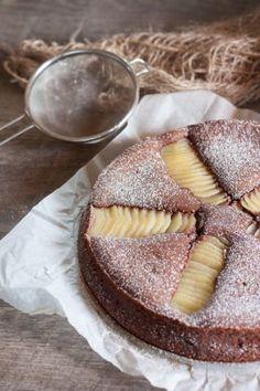 Sweet chocolate mascarpone with pears Ptitchef recipe Vegan Breakfast Recipes, Vegan Recipes Easy, Sweet Recipes, Cake Recipes, Dessert Recipes, Fancy Desserts, Fancy Cakes, Mascarpone Cake, Thermomix Desserts