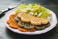Verschiedene Pikante Waffeln mit Salat - smarter - Zeit: 40 Min.   eatsmarter.de