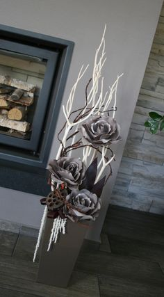Decoration with gray-brown roses - on request / Seller& goods jircice Christmas Mantels, Christmas Decorations, Holiday Decor, Christmas Flower Arrangements, Floral Arrangements, Branch Decor, Paper Flowers Diy, Vases Decor, Porch Decorating