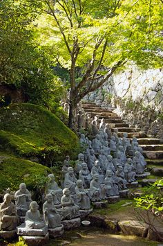 Small Buddha Statues line the stairs at Daisho-in temple, Miyajima, Japan; by Green @pples, via Flickr