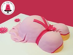 This is my Baby Shower Pregnant Belly Cake. The baby bump cakes are a huge hit at any baby shower! they are a very popular baby shower design. Click here for my full Tutorial: https://www.youtube.com/channel/UC500_29hTGKAj6GBmSoMiBw