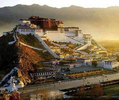 Potala Palace @ Lhasa, Tibet