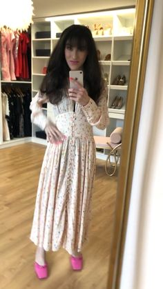 Pink Mules, Floral Tea Dress, Winter Outfits Women, Date Outfits, Fashion Dresses, Dress Shoes, Street Style, Clothes, Beauty