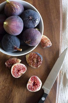 He loved he's fruit. He would literary go right to my aunts fig tree and just eat and eat. We never had any luck with figs trees. Fresh Figs, Fresh Fruit, Dried Fruit, Fig Recipes, Healthy Recipes, Muffin Recipes, Recipies, Health Benefits Of Figs, Grape Nutrition