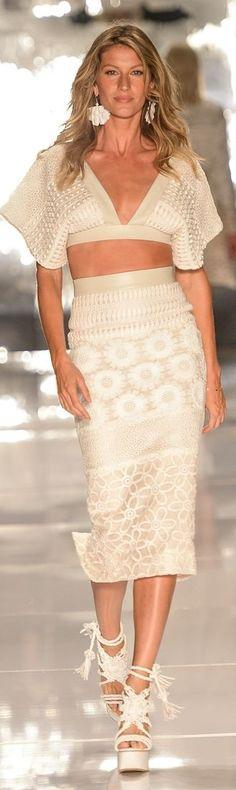 Desfile Colcci @ São Paulo Fashion Week verão 2015 - com Gisele Bündchen