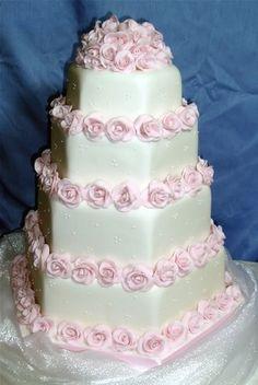 squarepaste rose wedding cake picture