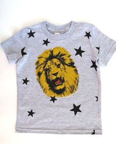 lucky fish circus lion on grey heather