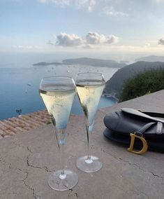 Summer Aesthetic, Travel Aesthetic, Book Aesthetic, Aesthetic Fashion, Margaritas Tumblr, Summer Dream, Wine Time, Luxury Life, Dream Vacations