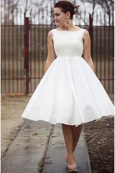 Andreea is part of the world's largest online fashion community that helps you refine your personal style Gold Dress, White Dress, Snow Dress, Handmade Dresses, Skirt Outfits, Fashion Online, Snow White, Style Inspiration, Pure Products