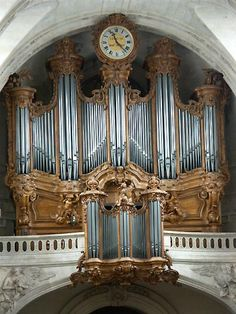 Old Clocks, Time Stood Still, Abandoned Mansions, Saints, Hickory Dickory, Around The Worlds, Cathedrals, Instrumental, Musical Instruments