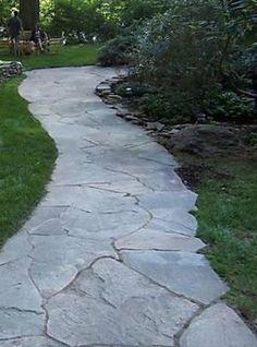23 New Ideas For Backyard Flagstone Patio Walks Concrete Patios, Flagstone Paving, Bluestone Patio, Brick Patios, Paving Stones, Backyard Walkway, Backyard Fireplace, Front Walkway, Backyard Landscaping