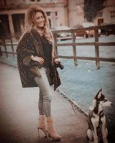 ##kinkycurl #gypsyoil #curlyhair #fasciohair #lahairstylist #shorthair #nolahairstylist #twa #theredcarpettreatment #naturalhairmojo #curly #weavologist #voiceofhair #sewin #extensions #neworleanshairstylist #ohcurl #naturalhair #longhair #gypsyoil #haircare #newlook #look #newversion #caferacer #life #art #december #demin #streetstyle by farzana_hair_specialist