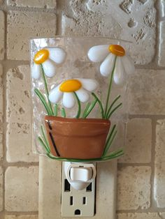 Special order Aileen Pot of Daisies night light by cheecheesglass