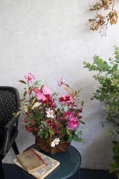 Yumi Saito Paris Diplôme 7回目~コンポジション | Coin de nature ~ Coin, Floral Wreath, Wreaths, Paris, Nature, Inspiration, Home Decor, Ideas Party, Biblical Inspiration
