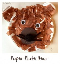 Plate Bear Paper Plate Bear fun craft for toddlers and preschoolers. Great craft to accompany the book We're Going on a Bear Hunt.Paper Plate Bear fun craft for toddlers and preschoolers. Great craft to accompany the book We're Going on a Bear Hunt. Bears Preschool, Toddler Preschool, Toddler Crafts, Preschool Crafts, Fun Crafts, Paper Crafts, Toddler Art, Eyfs Activities, Nursery Activities